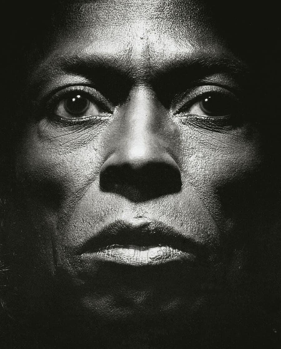 """Miles Davis na capa de """"Tutu"""""""